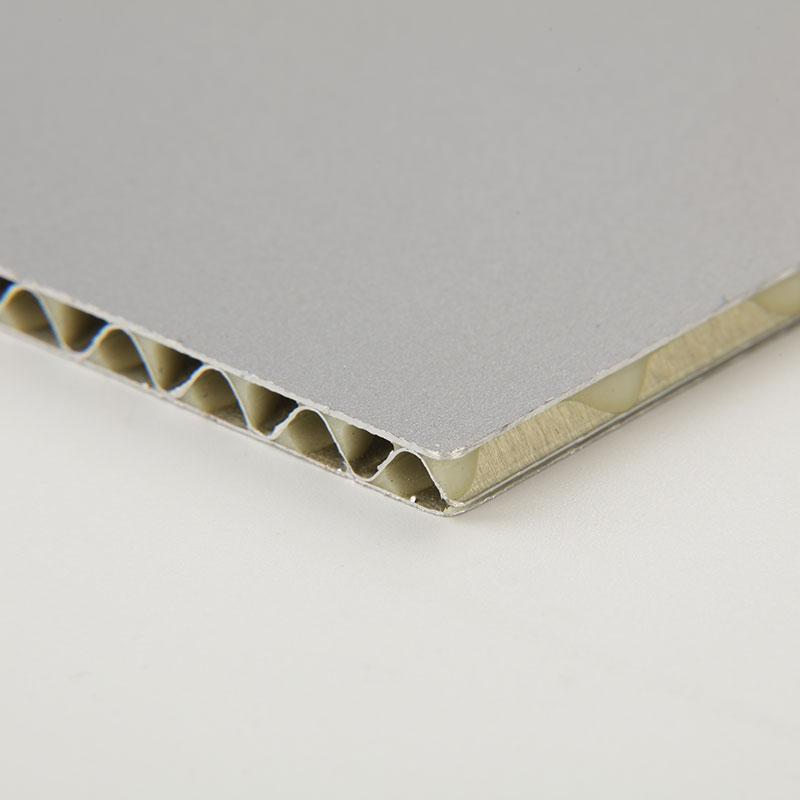 Panel corrugado de aluminio